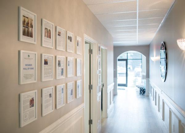 testimonials-wall
